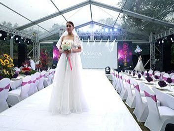 10 x 30 Outdoor Clear Wedding Tent