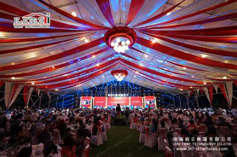 2000 guest wedding tent
