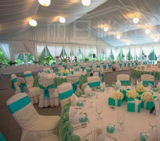 Determine a theme for the tent decorations that revolves around the weddingu0027s location or complements the colors of the bridesmaid dresses. & How to decorate for wedding reception under a tent - Liri Tent ...